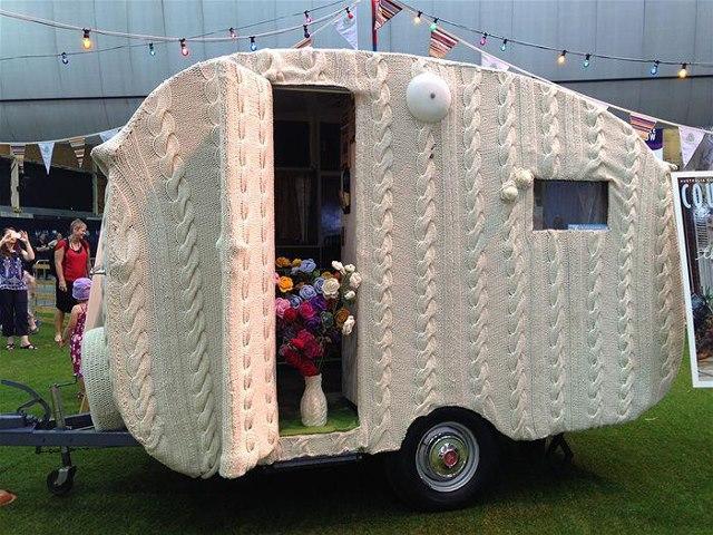knit trailer